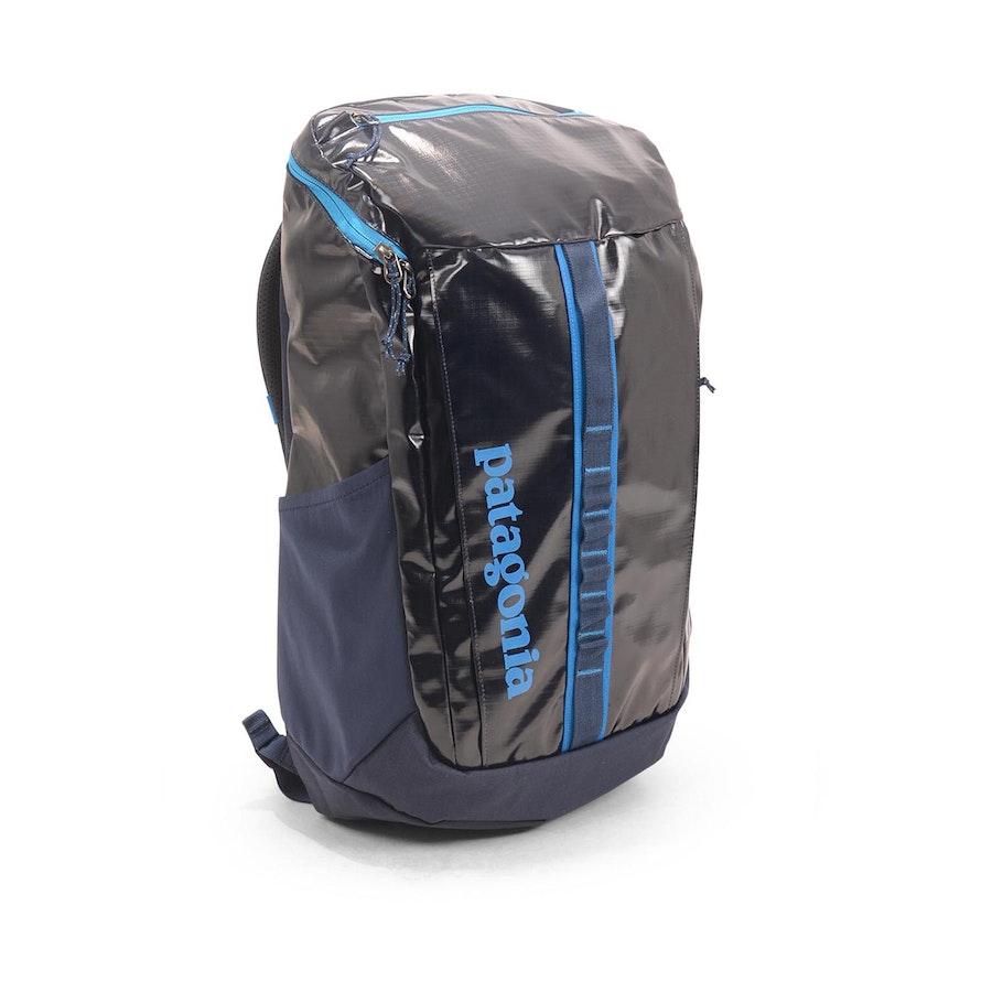 417cf3af0d904 Patagonia Black Hole Backpack 25L Bandana Blue